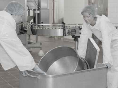 Desinfektionsmittel & Ethanol – Purethan stellt hochwertige Desinfektionsmittel für Hände, Haut & Flächen her sowie Ethanol als Lösungsmittel und Reinigungsmittel für die verarbeitende Industrie.